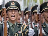 Przywódcy Chin obawiają się puczu wojskowego