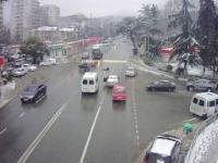 W Rosji, autonomiczna Łada wyrzuca kierowcę, po czym sama parkuje