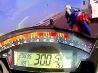 Wypadek motocyklisty przy prędkości 300km/h