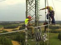 Montaż linii przesyłowej 400 kV w Ełku