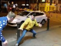 Dwóch fanów udawało Conora McGregora na ulicach Dublina. Zaczepił ich sam McGregor