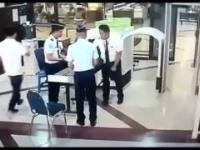 Bardzo pijany pilot na odprawie w Indonezji