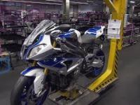 Niespieszny proces budowy motocykli