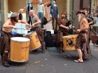 Clanadonia : Niesamowici uliczni muzycy