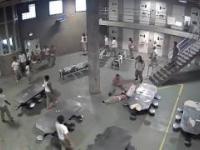 Bójka w więzieniu w Chicago