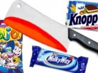 EXPERIMENT Glowing 1000 degree knife VS sweets