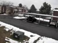 Koleś porywa BMW z pod domu wraz z dzieckiem w środku