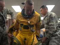 Przygotowanie pilota samolotu U2 do lotu