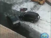 Zamiast pobić siebie pobijały samochody...