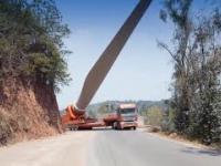 Transport łopat turbin wiatrowych przez góry