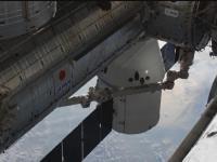 Moment dokowania SpaceX Dragon do stacji ISS