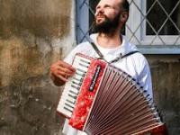 Witek muzyk ulicy - Serce wolności