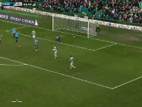 Moussa Dembele fantastyczny gol