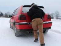 Skutek używania starego akumulatora zimą