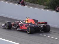 F1 2017. Wyjazd bolidów z pitstopu, nowy wygląd, start oraz dźwięk