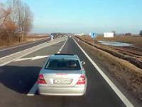 Agresywny kierowca na DK94