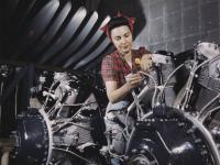 Zdjęcia amerykańskich kobiet w fabrykach broni w czasie II WŚ