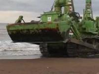 Podwodny buldożer Komatsu D155W.