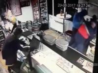 Nieudany napad na sklep i świetne zachowanie klienta