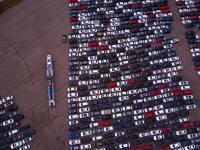 Tysiące Volkswagenów gnijących na amerykańskich parkingach po aferze Dieselgate