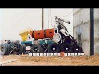 Ciężarówka przy prędkości 135km/h uderza w 690 tonową bryłę betonu