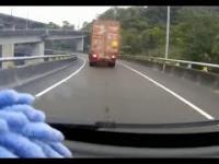 Brawura i brak wyobraźni kierowcy...