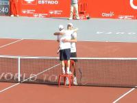 Zabawna sytuacja podczas podziękowań po meczu tenisa