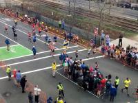 Skrzyżowanie na Maratonie Bostońskim