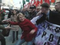 Narodowcy przebili się przez blokadę antyfaszystów