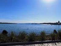 Widok z brzegu Tjuvholmen na horyzont OSLO 2017