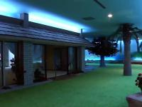 Człowiek zbudował drugi podziemny dom pod swoim domem