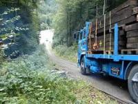 Tak wygląda crash test ciężarówek