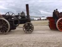 Stare traktory parowe różnego przeznaczenia // Old steam tractors