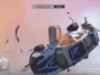 Porsche koziołkuje 9 razy przy dużej prędkości