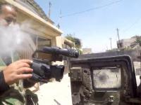 Sniper trafia w kamerkę GoPro zamontowana na klatce piersiowej dziennikarza