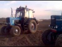 Szaleni traktorzyści // Crazy tractor drivers