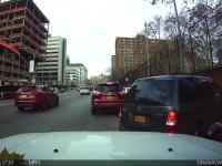 Cwana metoda przekazywania miejsca parkingowego wywołała oburzenie w mediach