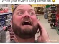 Kiedy leci twoja ulubiona piosenka