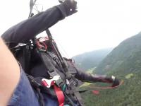 Wypadek podczas lotu paralotnią