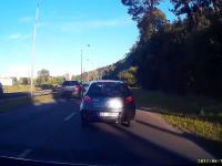 Idioci na drodze