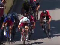 Potężna kraksa na finiszu dzisiejszego etapu Tour de France