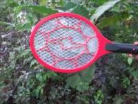 Śmierć setek komarów w kilka minut!