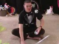 Nauki żonglowania - najłatwiejsza metoda