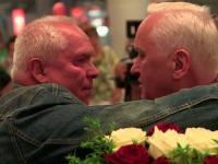 2 polskich bliźniaków spotyka się po 70 latach