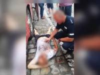 Oskarżył policjantów o przemoc. To wideo zdaje się przeczyć jego wersji