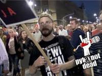 Pyta.pl na manifestacji w obronie wolnych sądów