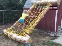 Tata zbudował córce tor rodem z American Ninja Warrior