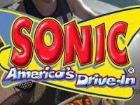 Sonic Drive-In - amerykański fast food z klasycznym sposobem zamawiania