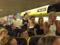 Ryanair wyrzuca z pokładu samolotu uciążliwe