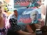 Putinowcy odwiedzają biuro Nawalnego